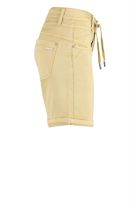 Red Button Short Relaxed-2560